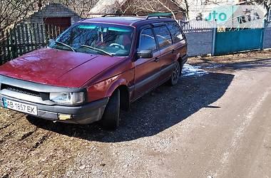 Volkswagen Passat B3 1988 в Казатине