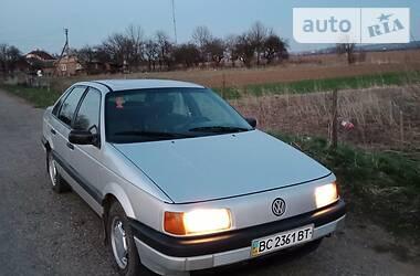 Volkswagen Passat B3 1989 в Самборе