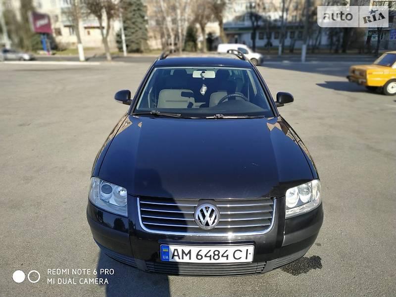 Volkswagen Passat 2004 року в Житомирі
