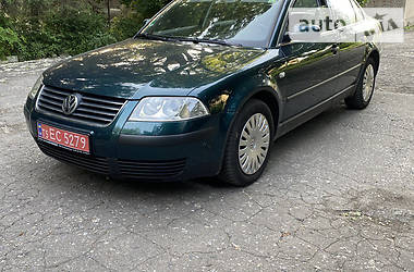 Седан Volkswagen Passat B5 2003 в Покровске