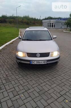 Седан Volkswagen Passat B5 1998 в Львове