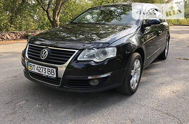 Седан Volkswagen Passat B6 2005 в Новой Каховке
