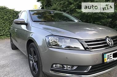 Volkswagen Passat B7 2013 в Дніпрі