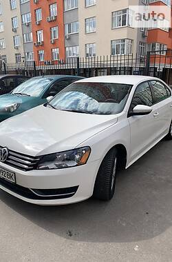 Volkswagen Passat B7 2011 в Києві