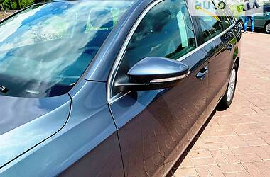 Универсал Volkswagen Passat B7 2011 в Полтаве