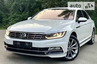 Седан Volkswagen Passat B8 2018 в Києві