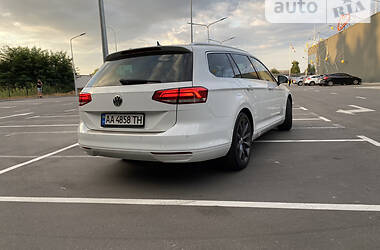 Универсал Volkswagen Passat B8 2015 в Киеве