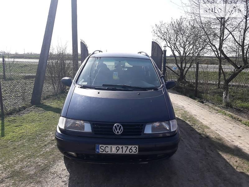 Volkswagen Sharan 1996 в Городке