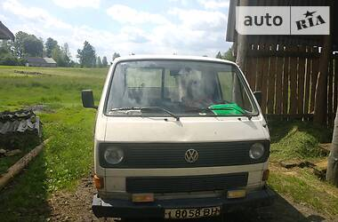 Volkswagen T2 (Transporter) 1983 в Маневичах