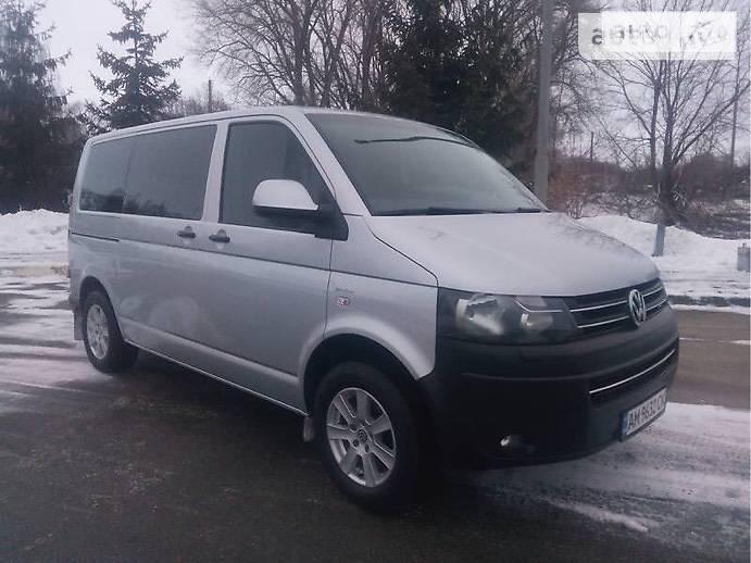 Volkswagen T5 (Transporter) пасс. 2014 года в Киеве