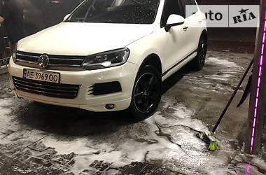 Внедорожник / Кроссовер Volkswagen Touareg 2011 в Днепре