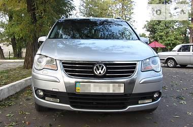 Volkswagen Touran 2008 в Должанске