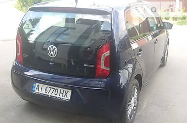 Хетчбек Volkswagen Up 2013 в Софіївській Борщагівці