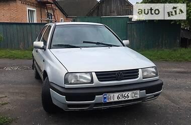 Volkswagen Vento 1995 в Лохвице