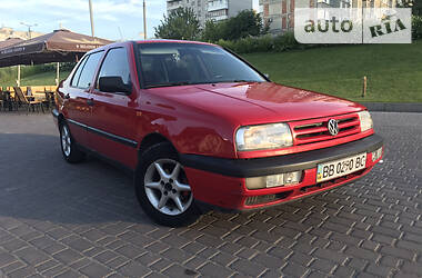 Седан Volkswagen Vento 1994 в Кременчуге