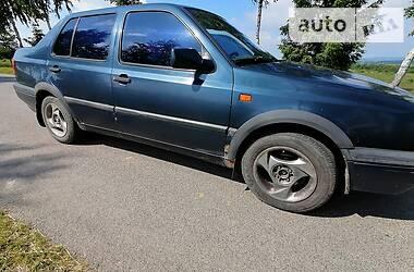 Седан Volkswagen Vento 1992 в Герце