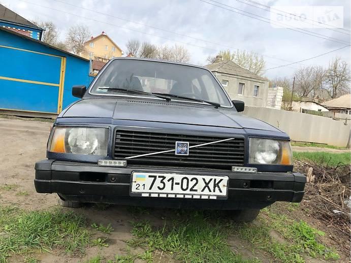 Volvo 345 1980 года