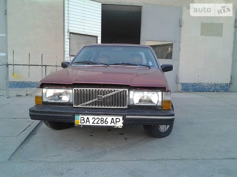 Седан Volvo 760 1985 в Каменском