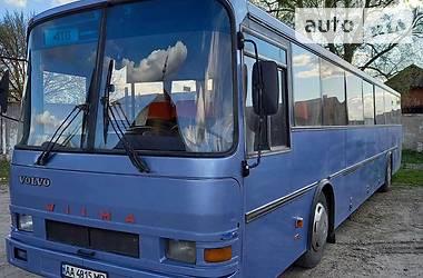 Пригородный автобус Volvo B 1987 в Киеве
