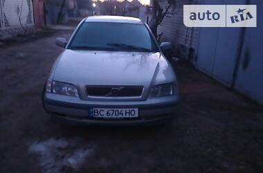 Volvo S40 1998 в Харькове