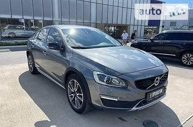 Седан Volvo S60 2017 в Харькове