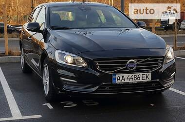 Volvo V60 2017 в Киеве