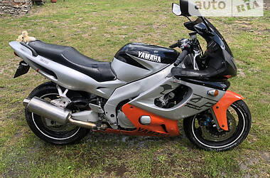Мотоцикл Спорт-туризм Yamaha YZF 1998 в Кременце