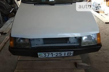ЗАЗ 1102 Таврия 1993 в Черновцах