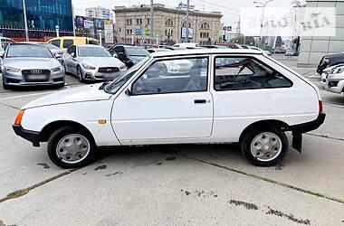 ЗАЗ 1102 Таврия 2000 в Харькове