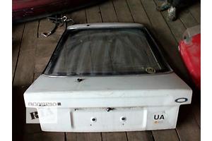 б/у Крышки багажника Ford Scorpio