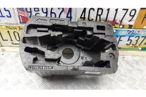 561012115A - Б/у Пенопласт багажника под инструмент на VW PASSAT B7 (362) 1.8 TSI 2010-2014 г. (Только пенопласт под...