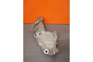 8200741758 Кронштейн крепления двигателя Renault Trafic 2.0 DCI