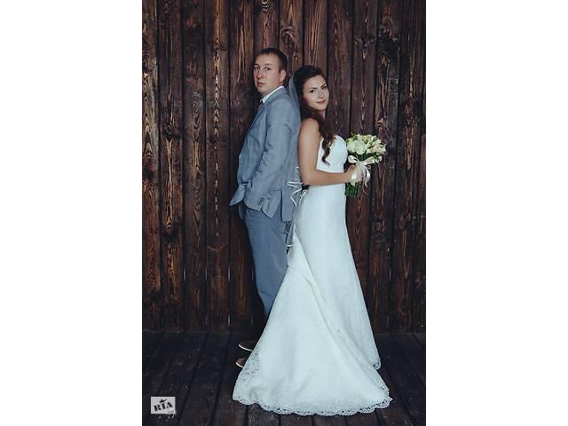 Шикарное свадебное платье со шлейфом- объявление о продаже  в Киеве