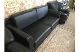 Диван и два кресла из натуральной кожи