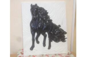 Гипсовая плитка Кони 3D - гипсовый декор