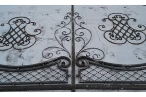 Кованые элементы для ворот, заборов, скамеек.