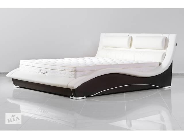 продам Кожаная двуспальная кровать Sonata Mobel B220 Молочная бу в Одессе