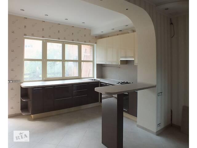 Мебель на заказ, кухни, шкафы, ванные, офисы, торговая мебель- объявление о продаже  в Киеве