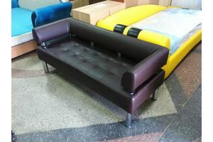 Офисный диван Стронг - темно-коричневый цвет