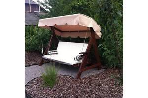 Відмінні садові гойдалки стануть улюбленим місцем для відпочинку всієї сім'ї, адже їх розміри розраховані на трьох осіб