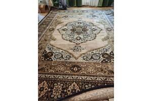 Продам килим з натуральної вовни.