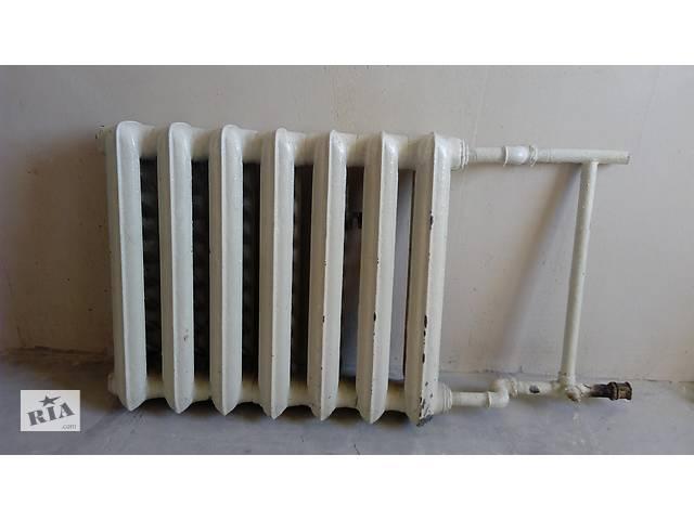 продам Радиатор(батарея) отопления(чугун,б/у,+крепление). бу в Києві