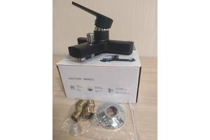 Смеситель для ванны из термопластичного пластика SW Brinex 35B 006 черный