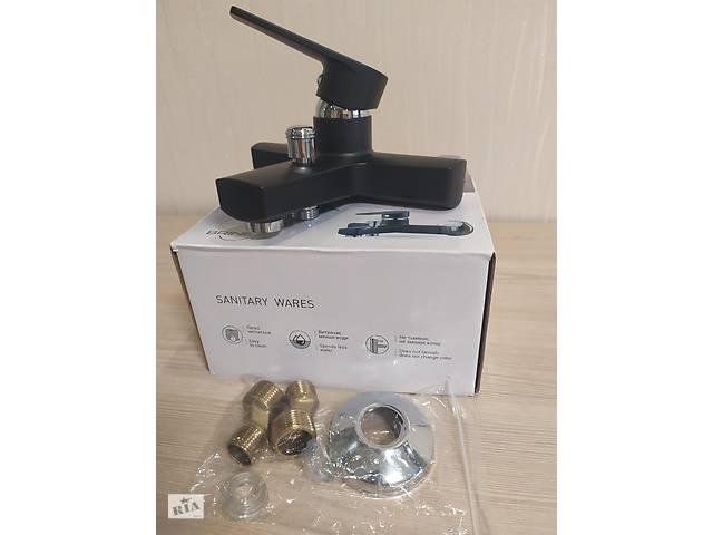 купить бу Змішувач для ванни з термопластичного пластику SW Brinex 35B 006 чорний в Харкові