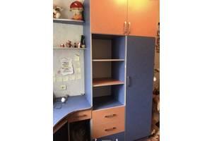 Стенка шкаф + стол