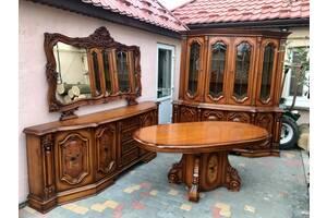 Итальянский столовый гарнитур