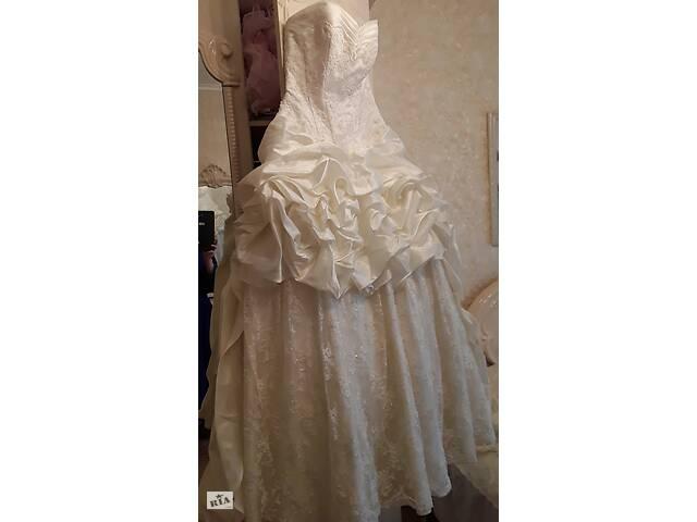 купить бу Шикарна святкова весільна сукня шампань в Маріуполі