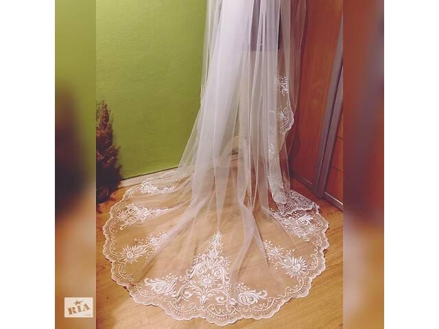 продам Свадебная фата шлейф, машинная вышивка, вышивка, фаты, фаты бу в Миргороде