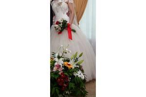 Шикарное со стразами ,,Свадебное платье,,.