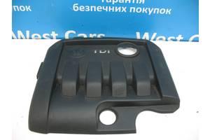 Б/У Крышка мотора декоративная 1.9 TDi Golf V 2004 - 2010 03G103925BL. Вперед за покупками!
